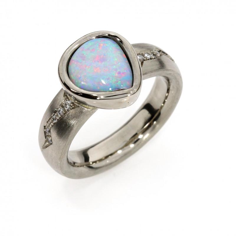 Damenring Fairtrade Weissgold Opal Brillanten (1009747)